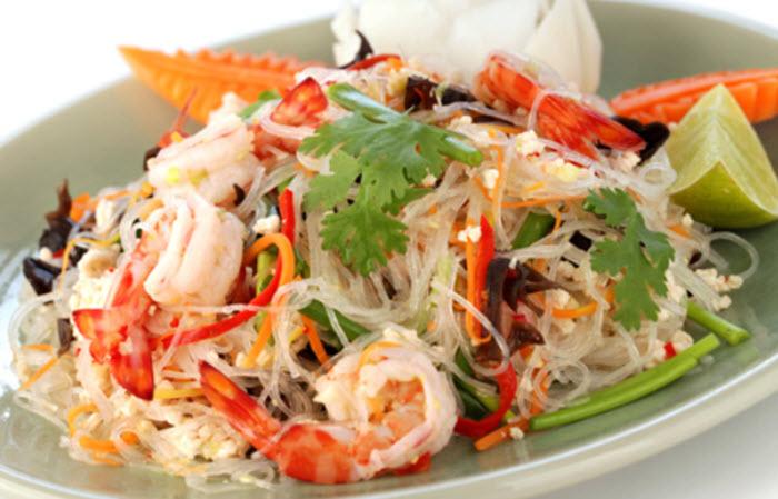 Yum Woon Sen (salad)